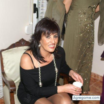 Busco mujer soltera o separada de 40 años quero foder Funchal-10230