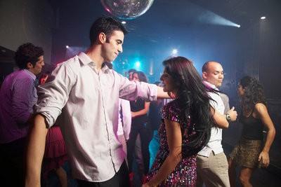 Conocer a un chico en una discoteca menina não profissional Aveiro-40306