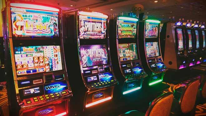 De casino gratis tragamonedas máquinas de 100 días-53644