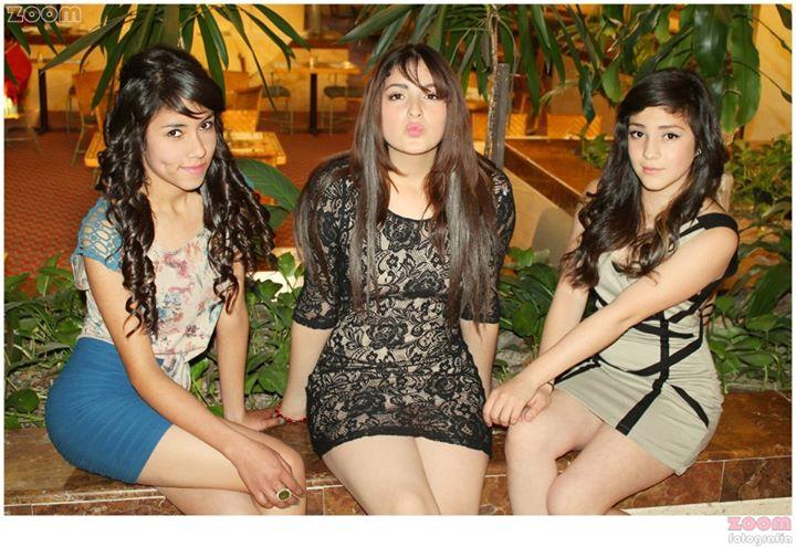 Donde conocer gente en facebook chica para amistad Granada-52631