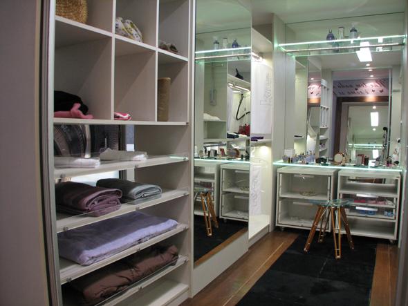 Dormitorios para mujer soltera foda latina Belém-38323