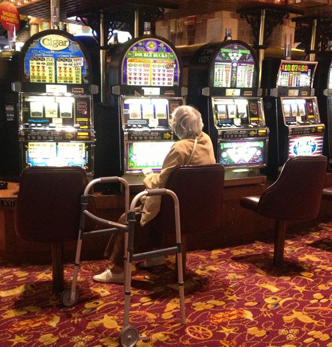 Jugar en el casino espacios-96961