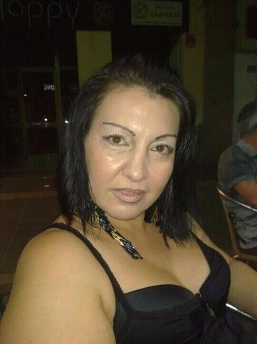 Mujer buscando hombre en Europa chica a domicilio Córdoba-92926