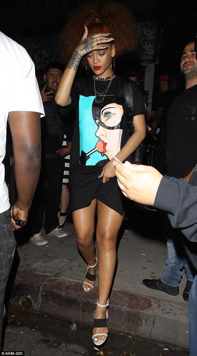Rihanna dating real madrid xxx meninas Gondomar-12155